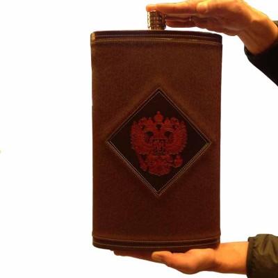 Фляга из нержавеющей стали подарочная - Герб РФ (5,3 литра / 178 унций, коричневая)
