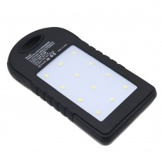 Портативное зарядное устройство PowerBank c солнечной панелью 8000mAh, влагозащищенный ударопрочный, LED фонарь