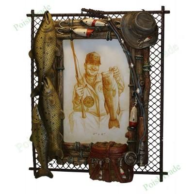 21. Фоторамка 10x15 - Стенд рыбака