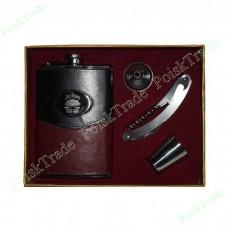 23. Подарочный набор Jim Beam - фляга, воронка, стопка, швейцарский нож