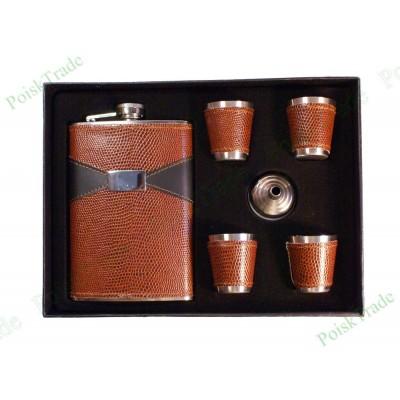 3. Подарочный набор - фляга, воронка и 4 стопки